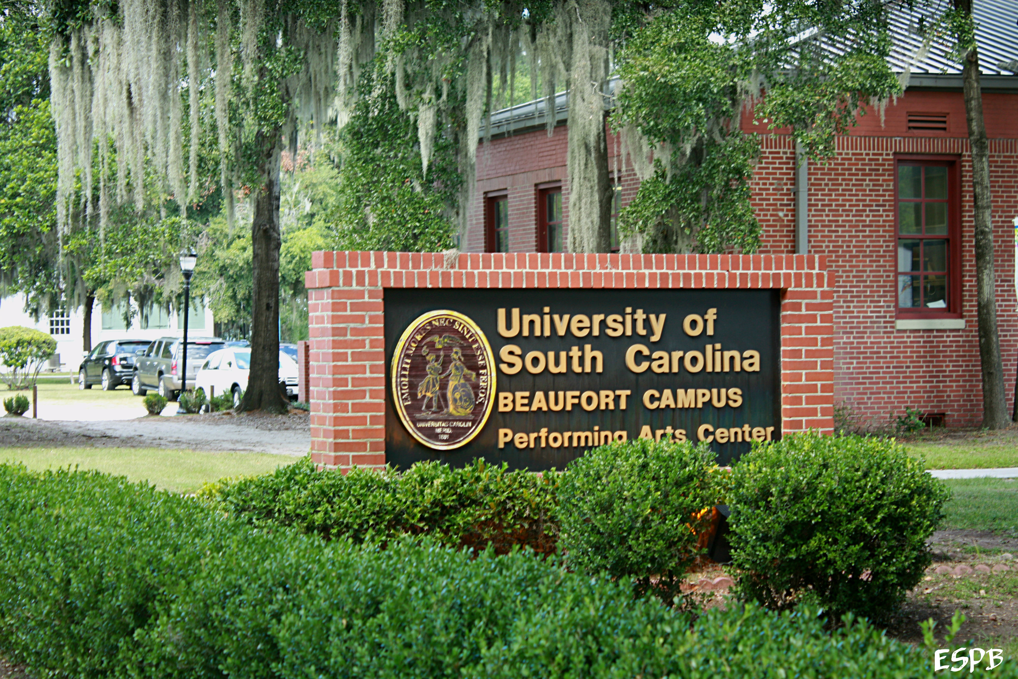 Beaufort, USCB Center for the Arts win state award