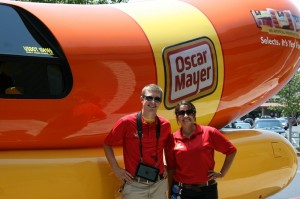 respond also Roboticky Krab additionally Vintage Cars 1900 moreover Oscar Mayer Weinermobile In Beaufort This Weekend additionally Kristi And Scott Fail As  petitive Eaters. on oscar mayer wienermobile ocean