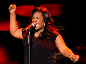 Candice Glover performs 'Love Song' by The Cure on American Idol, April 10th, 2013.  (Photo AI)