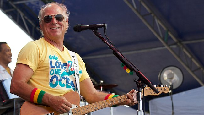 Jimmy Buffett live in concert on big screen at Highway 21