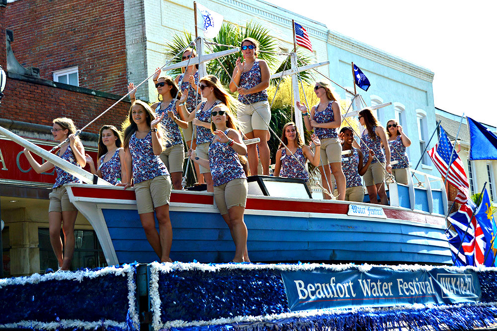 The Beaufort Water Festival Grand Parade always draws a crowd. It's Beaufort's biggest. ESPB photo
