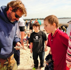 Shark Tooth Fairy does it again: Kids amazed at treasure hunt in Port Royal