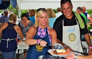 Suppertime at the Beaufort Water Festival: A local affair