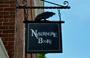 Flavorful new bookstore opens in downtown