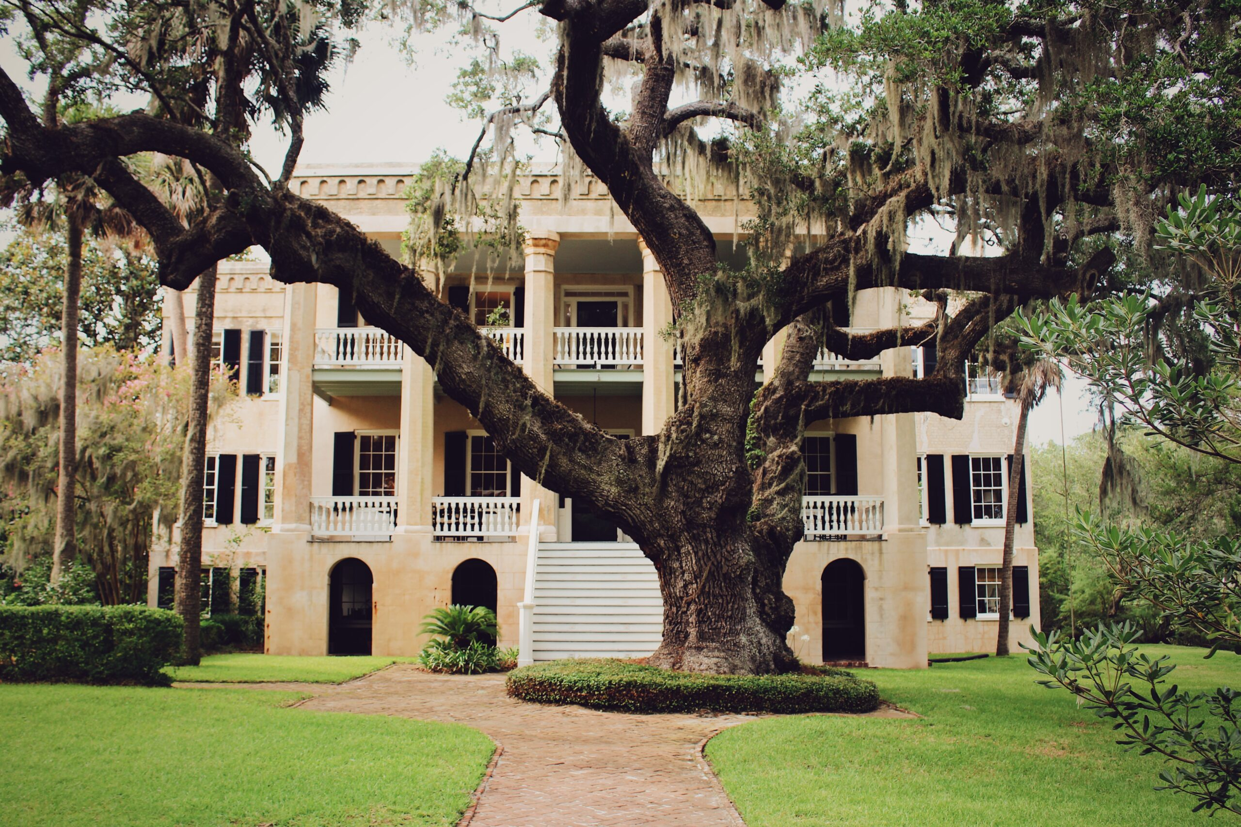 Beaufort's Haunted History: The Castle