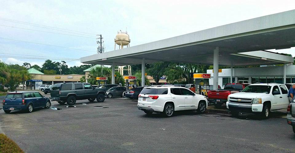 Beaufort's gas stations began getting overwhelmed on Wednesday, ESPB photo