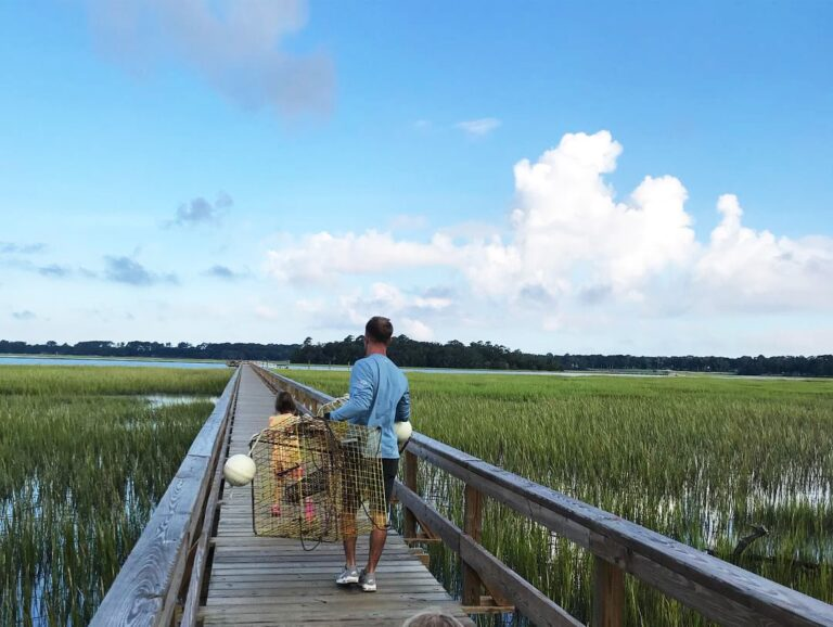 Lowcountry Life: Crabbing off the Dock