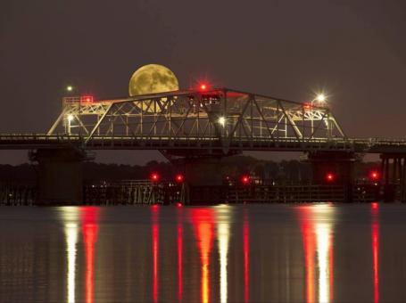 full moon beaufort sc